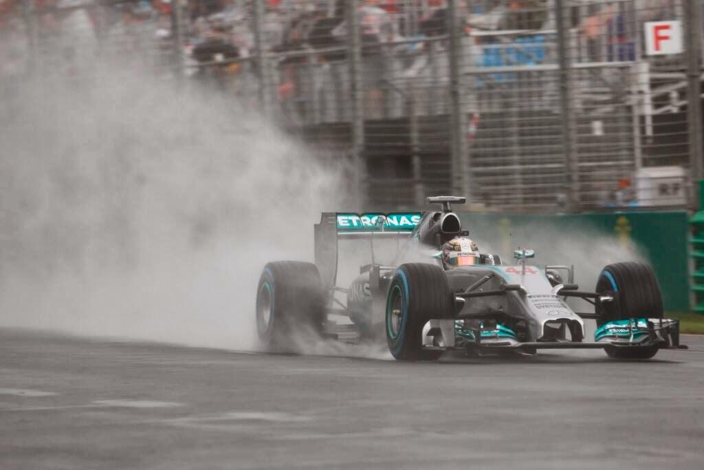 Ο Hamilton την Pole Position