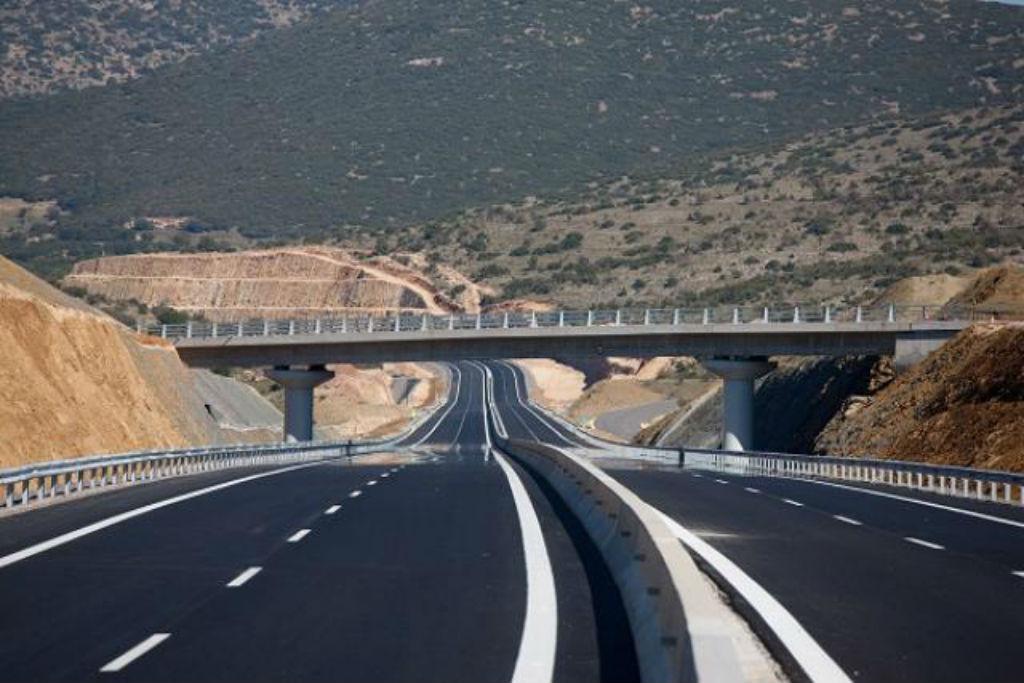 Η διαδρομή Αθήνα – Σπάρτη γίνεται πλέον σε δύο ώρες