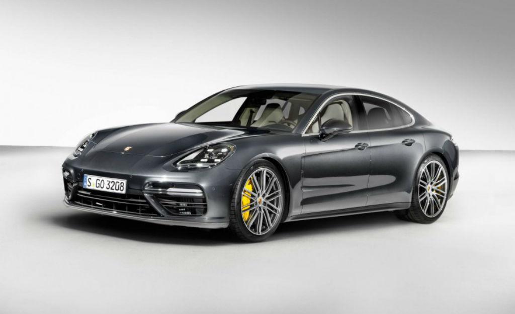Οικογενειακή υπόθεση και όχι μόνο η Porsche Panamera