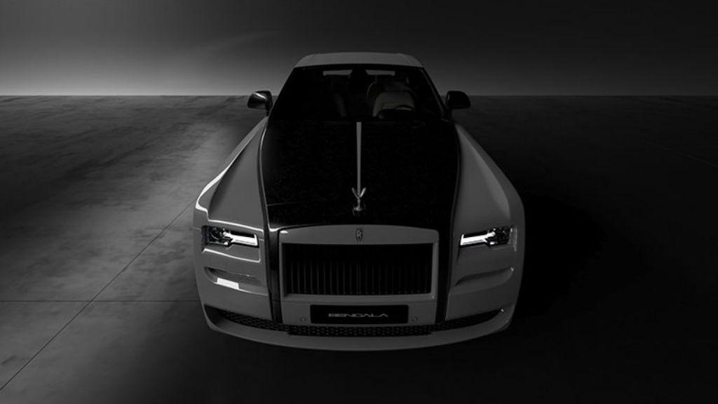 Σειρά από ανθρακονήματα της Rolls – Royce