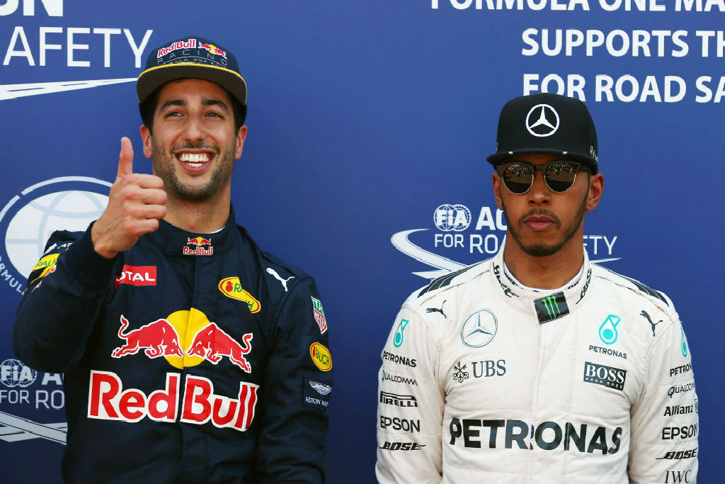 Ricciardo: Με ίδιο μονοθέσιο μπορώ να νικήσω τον Hamilton