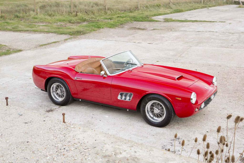 Μία Ferrari 250 GT California Spider του 1960 σε δημοπρασία