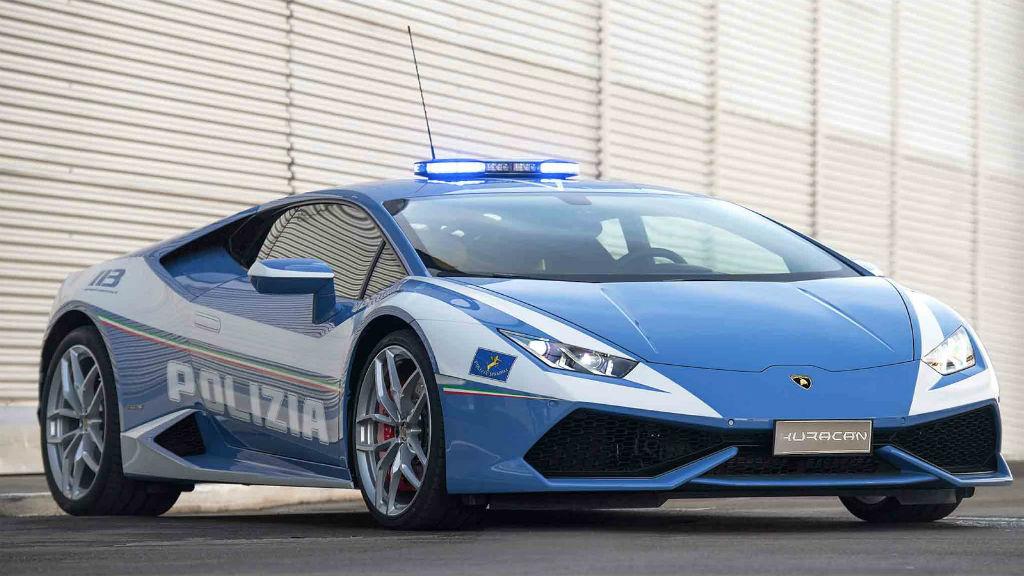 Η Ιταλική Αστυνομία απέκτησε τη δεύτερη Lamborghini Huracan