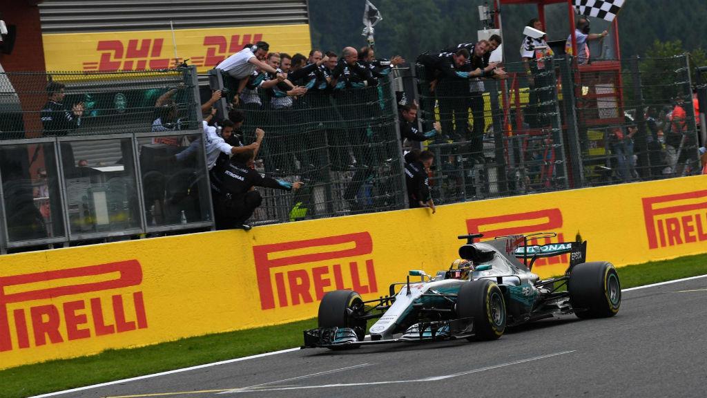 Σημαντική νίκη Hamilton στο Βέλγιο