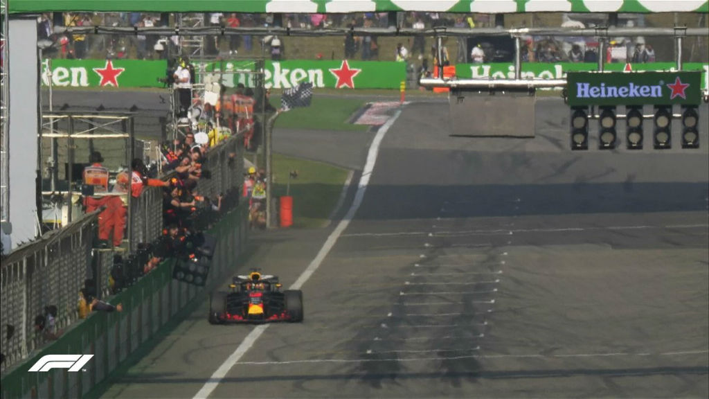 Απίστευτη νίκη Ricciardo στην Κίνα