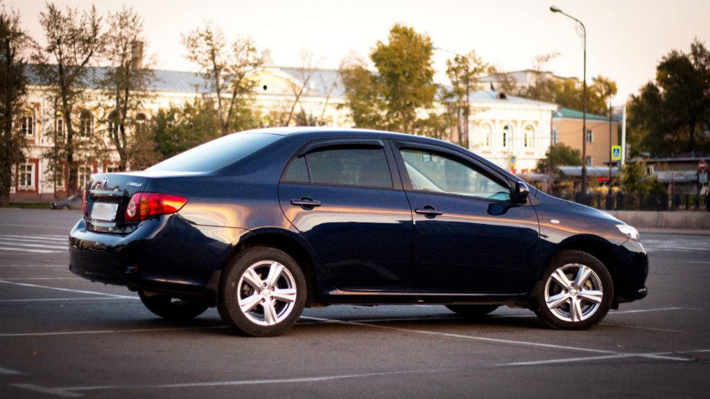 Ανακαλούνται 11.768 Toyota Auris και Corolla στη χώρα μας