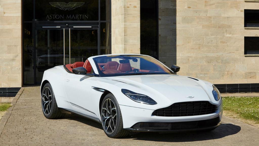 Δύο συλλεκτικές εκδόσεις της Aston Martin