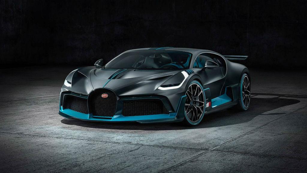 Παρουσιάστηκε η Bugatti Divo