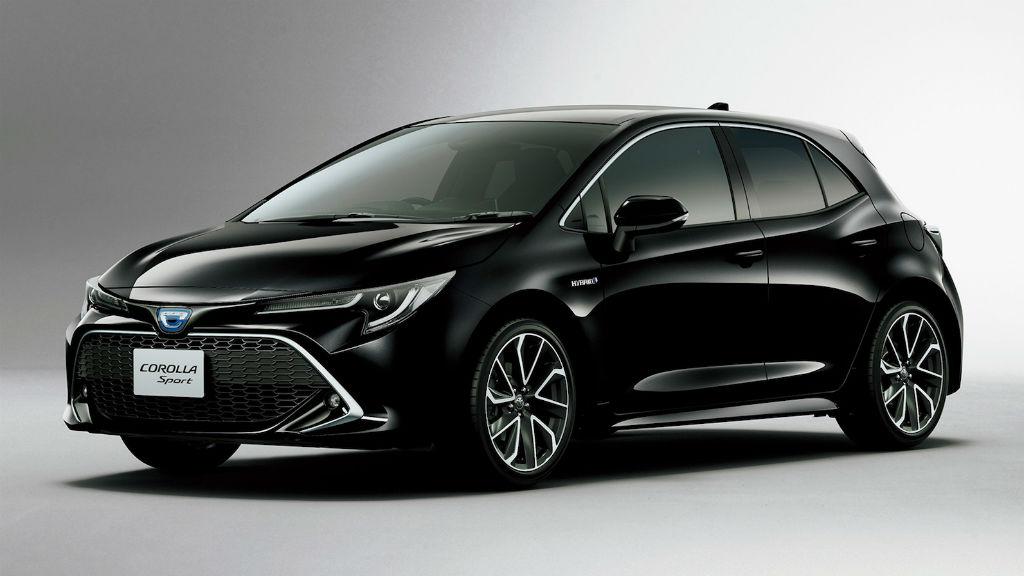 Corolla Sport στην Ιαπωνία, Auris στην Ευρώπη
