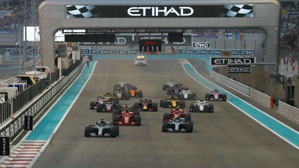 Νίκη Hamilton και πανηγυρική ατμόσφαιρα στο Abu Dhabi