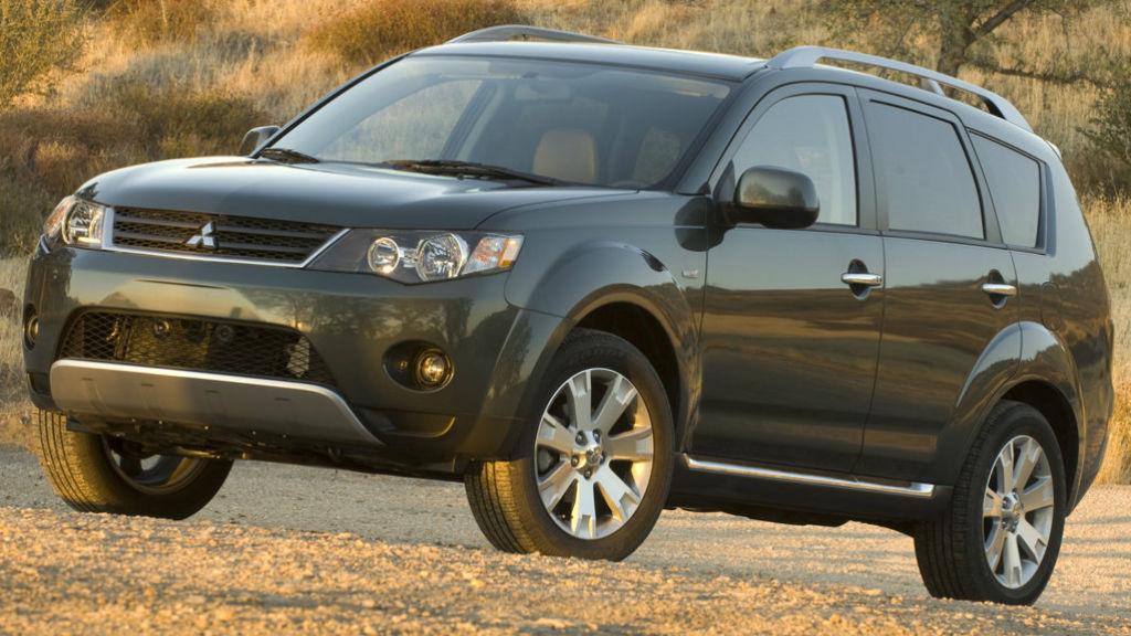 Ανακαλούνται 4.480 Mitsubishi Outlander και ASX