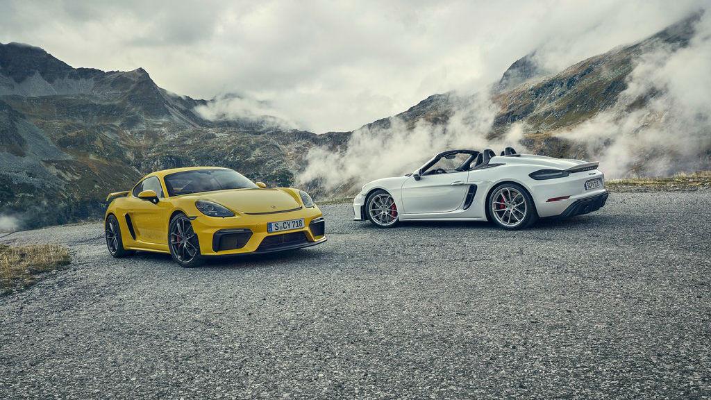 Οι Porsche 718 Cayman GT4 και 718 Spyder