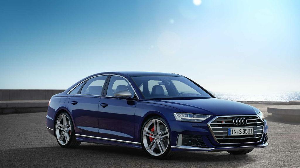 Η δύναμη και η πολυτέλεια βρίσκονται στο Audi S8