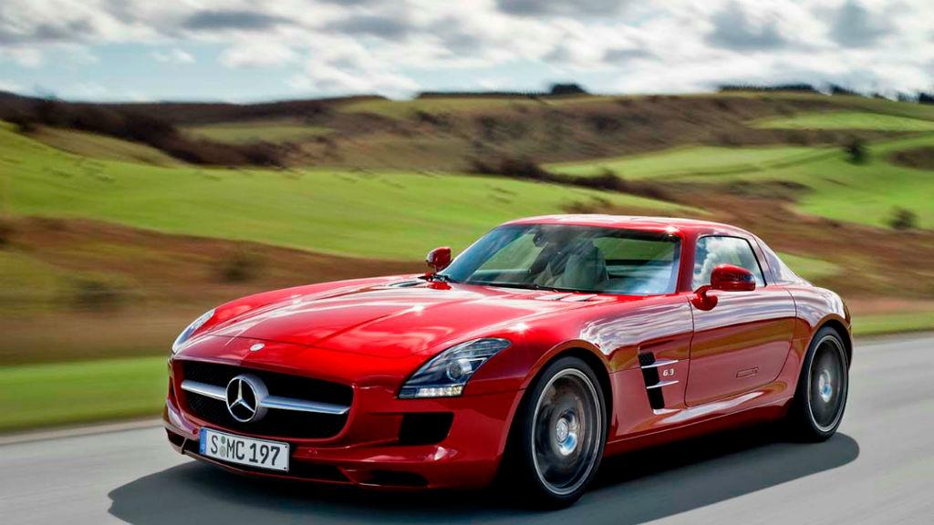 Ανακαλούνται 27.273 Mercedes-Benz για τους αερόσακους