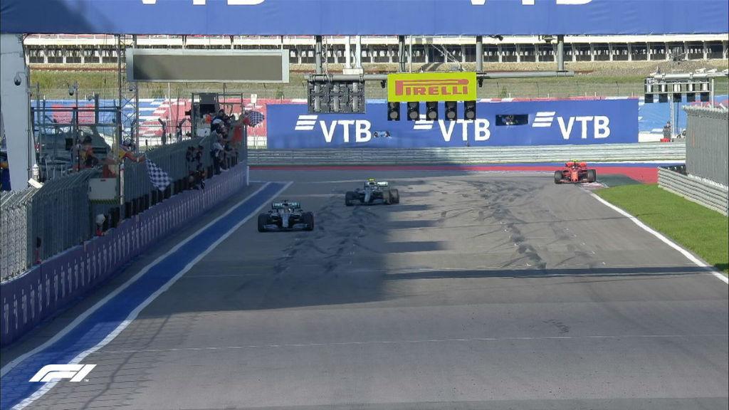 Νίκη Hamilton και 1-2 η Mercedes στη Ρωσία