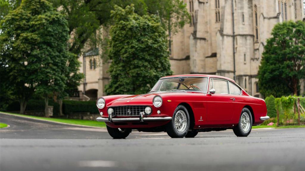 Μια σπάνια Ferrari 250 GTE προς πώληση