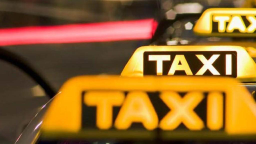 Με δύο επιβάτες οι μετακινήσεις με τα ταξί