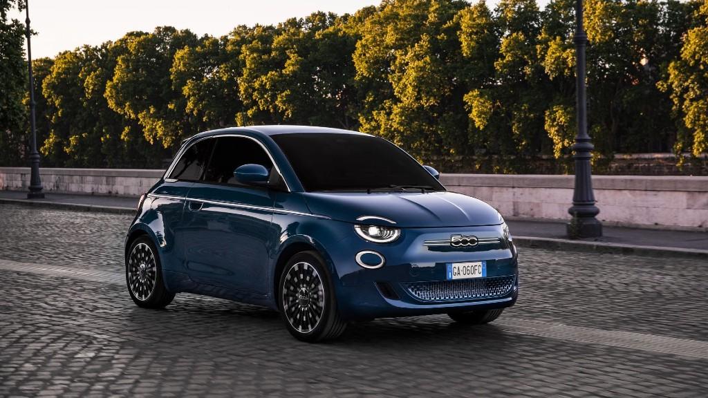 Η κλειστή έκδοση του ηλεκτρικού Fiat 500