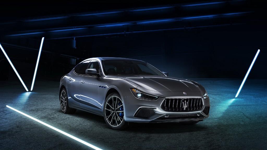Η νέα υβριδική Maserati Ghibli