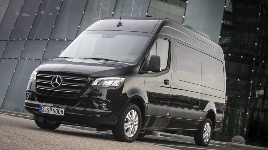 Ανακαλούνται 116 Mercedes-Benz Sprinter