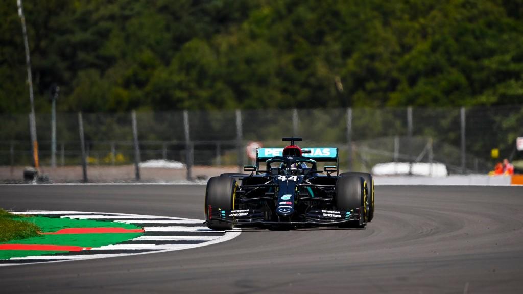Τρίτη σερί Pole Position για τον Hamilton στη Μεγάλη Βρετανία