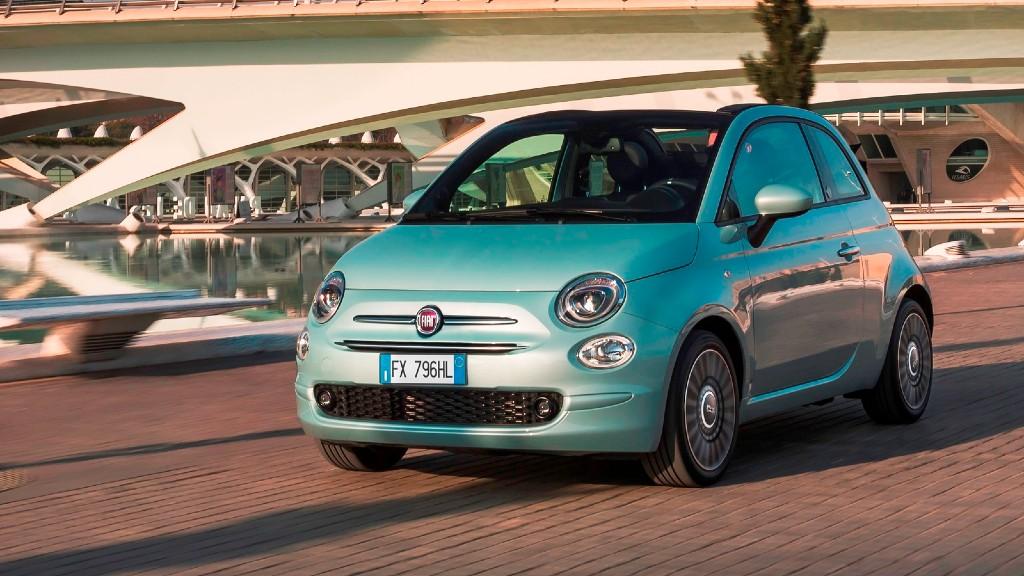 Το υβριδικό Fiat 500 γίνεται πιο προσιτό