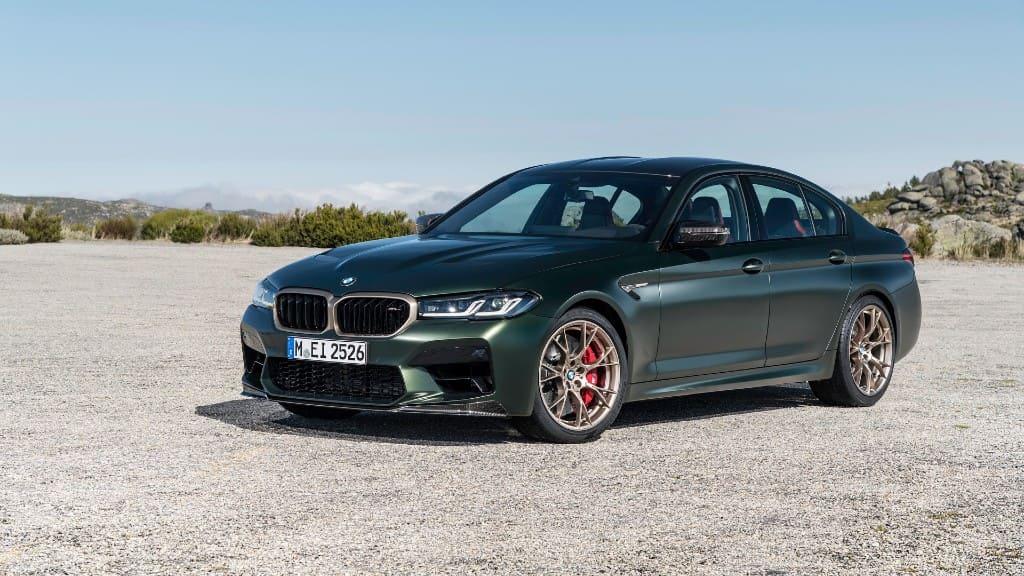 Η ισχυρή BMW M5 CS