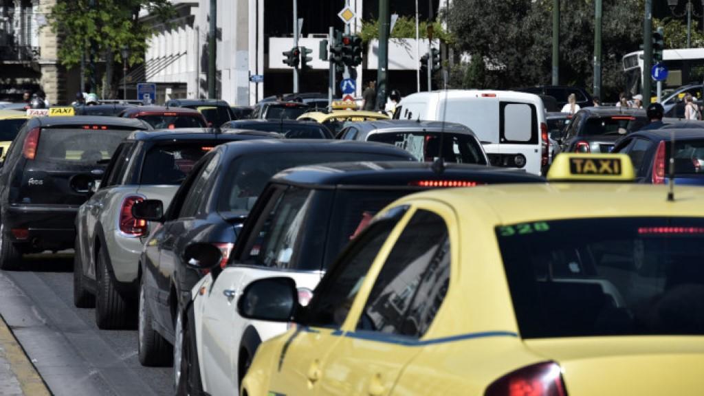 Αλλαγές στα όρια των επιβατών σε αυτοκίνητα και ταξί